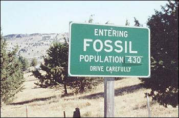 Picture of Fossil population 430 sign.